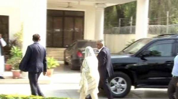 مریم نواز سے ملاقات کیلئے آنے پر گورنر سندھ کو اندر جانے سے روک دیا گیا