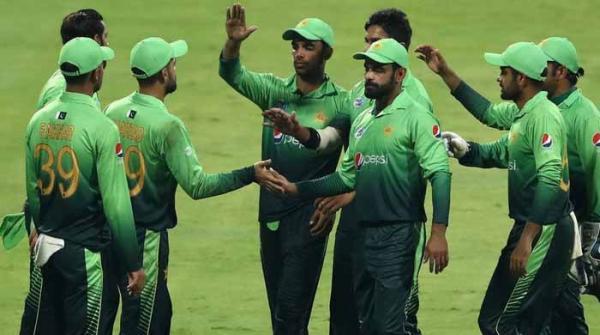 اسپاٹ فکسنگ: سٹے بازوں کا اہم پاکستانی کرکٹر سے رابطہ، کھلاڑی نے بورڈ کو بتا دیا
