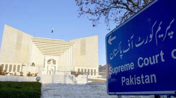 نااہلی کیس: 'دیکھ رہے ہیں عمران خان نے بطور پارلیمنٹیرین جھوٹ بولا یا نہیں'
