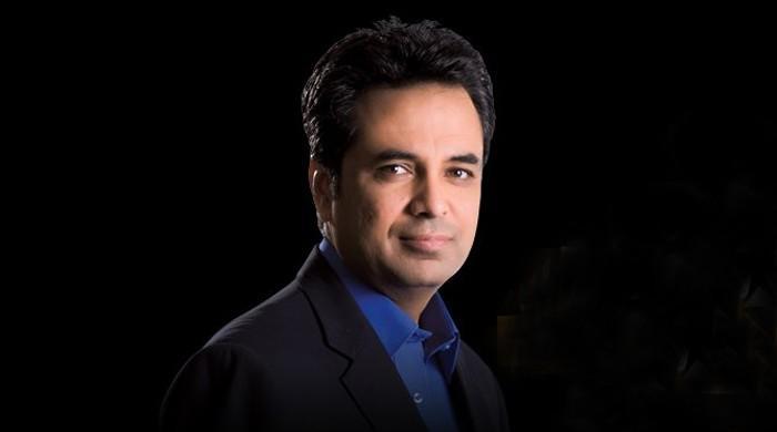 سینئر صحافی طلعت حسین کیخلاف گھناؤنی سوشل میڈیا مہم چلانے والوں کیخلاف کارروائی کا مطالبہ