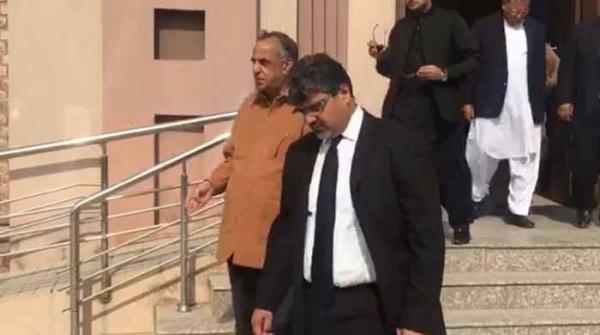 ریکارڈ ٹیمپرنگ: سابق چیرمین ایس ای سی پی ظفر حجازی پر فرد جرم عائد