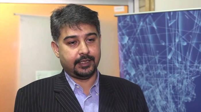 ایم کیو ایم پاکستان کا علی رضا عابدی کو منانے کا فیصلہ