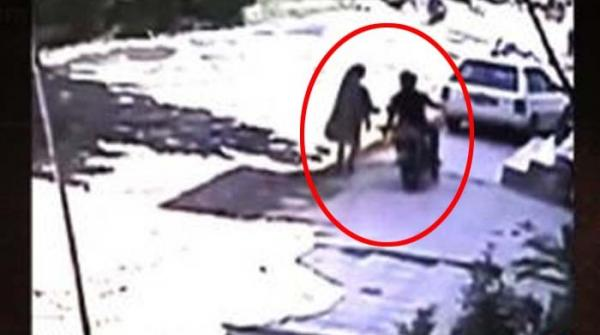کراچی میں چاقو سےخوف پھیلانے والا ملزم تاحال مفرور