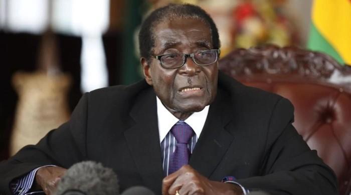 زمبابوے کے صدر موگابے حکمراں جماعت کی صدارت سے برطرف