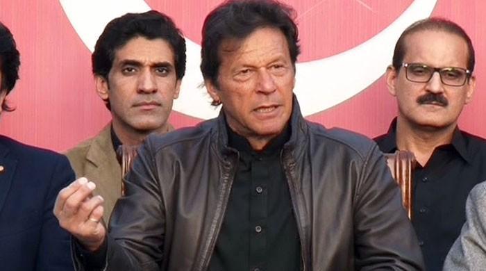 فیض آباد دھرنا: فوج سمجھوتا نہ کراتی تو ملک میں انتشار پیدا ہوتا، عمران خان