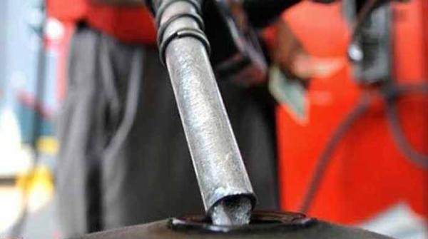 پیٹرولیم مصنوعات کی قیمتوں میں اضافہ، پیٹرول ایک روپے 48 پیسے مہنگا