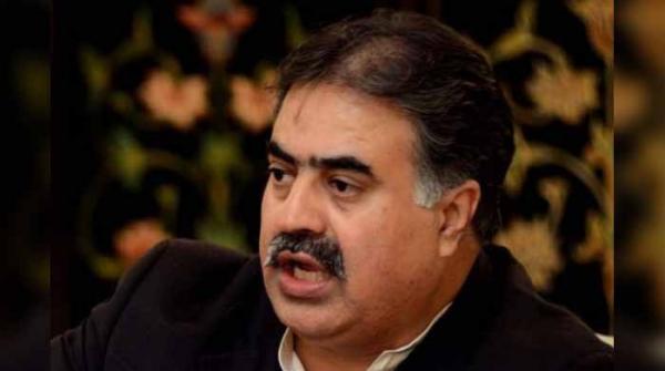 وزیراعلیٰ بلوچستان ثناءاللہ زہری نے استعفیٰ دے دیا