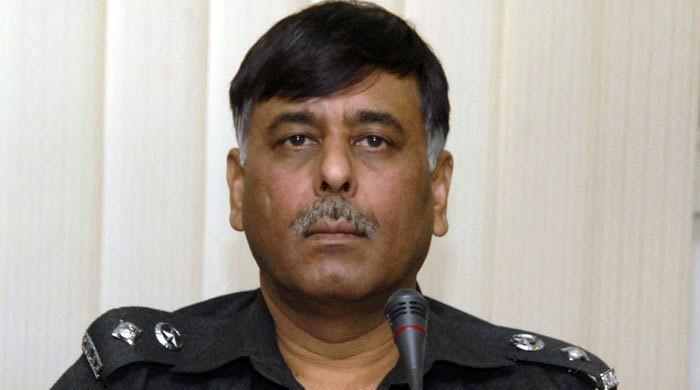 کراچی میں ایس ایس پی ملیر راؤ انوار کی گاڑی پر مبینہ خودکش حملہ