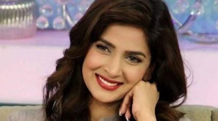 صبا قمر فلم فیئر ایوارڈز 2018 میں بہترین اداکارہ کیلئے نامزد