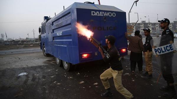 کراچی: 'پولیس مقابلے' میں نقیب اللہ کی ہلاکت کے خلاف احتجاج