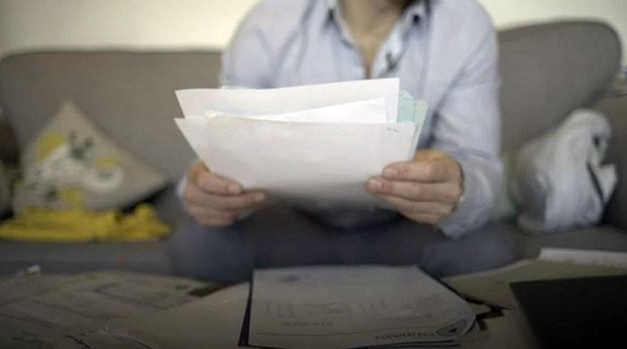 'ایگزیکٹ کے ایجنٹوں نے والد سے 5 لاکھ پاؤنڈ بٹورے'