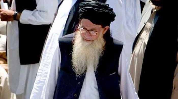 پاک فوج کے خلاف لڑنا حرام ہے، صوفی محمد