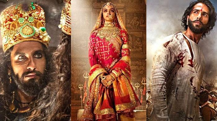فلم ریویو: 'پدماوت' بڑے کرداروں کی کمزور فلم 'کیوں'