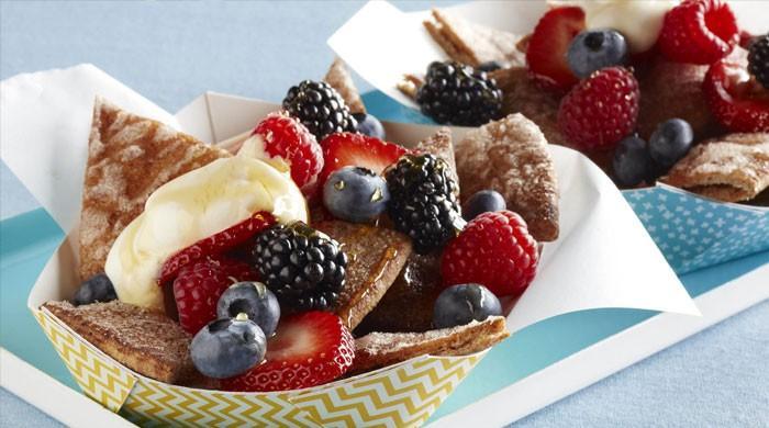 ناشتے میں رس بیری کھائیں موٹاپے سے چھٹکارا پائیں