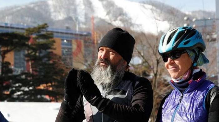 سوئس جوڑا اولمپکس مقابلوں میں بیٹے کو دیکھنے سائیکل پر جنوبی کوریا پہنچ گیا
