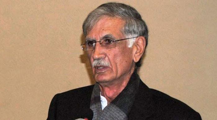 پرویز خٹک نے پی ٹی آئی قائدین کی کارکردگی کو تباہ کن قرار دیدیا