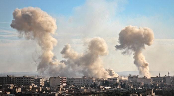 شامی فوج کی باغیوں کے زیر قبضہ علاقے پر بمباری، 194 افراد جاں بحق