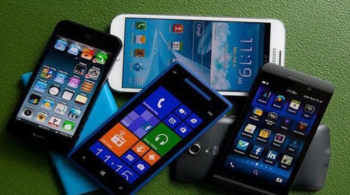 پاکستانیوں نے جنوری 2018 میں 8ارب 80 کروڑ روپے کے موبائل فون درآمد کیے