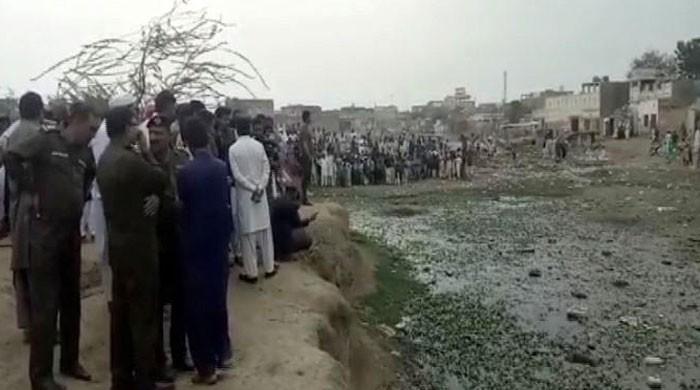 لودھراں: 6 سالہ عاصمہ کی موت کا معمہ حل، چچا زاد بھائی نے زیادتی کے بعد قتل کیا
