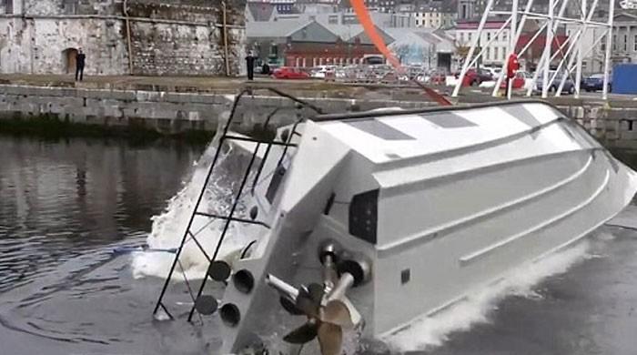 آئرلینڈ میں کبھی نہ ڈوبنے والی کشتی تیار