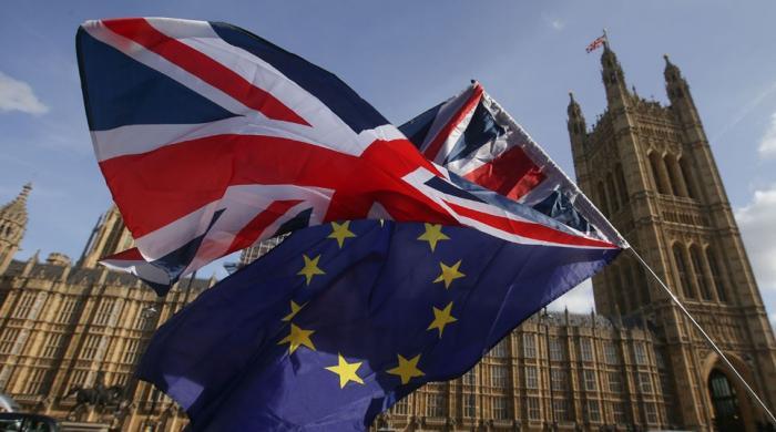 برطانیہ اور یورپی یونین کے درمیان بریگزٹ پر عمل درآمد کا معاہدہ طے پا گیا