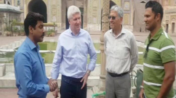 میچ سے قبل پی ایس ایل کے غیرملکی کمنٹیٹرز کے لاہور میں سیر سپاٹے