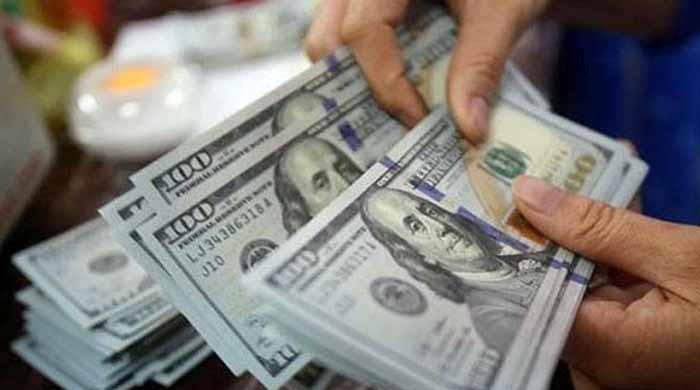 انٹر بینک مارکیٹ میں ڈالر 115 روپے 14 پیسے کا ہوگیا