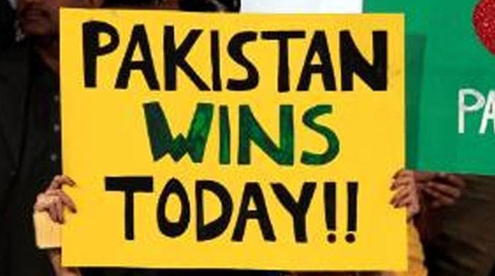 کراچی کا کرکٹ دیوانہ