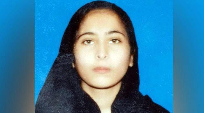 فیصل آباد: گولڈ میڈلسٹ طالبہ سے زیادتی و قتل کے ملزمان تاحال مفرور