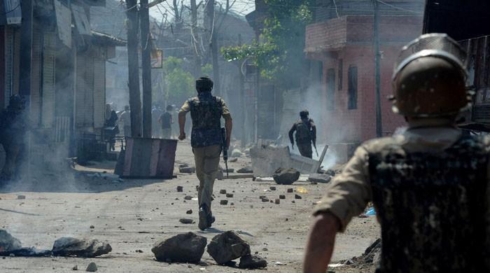 سرینگر: بھارتی فورسز نے 4 کشمیریوں کو شہید کردیا