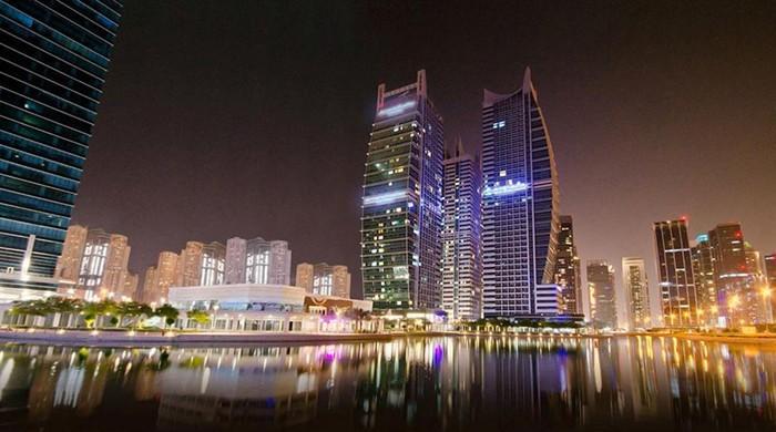 اماراتی حکومت کی سرمایہ کاروں اور پروفیشنلز کیلئے 10 سالہ رہائشی ویزا کی منظوری