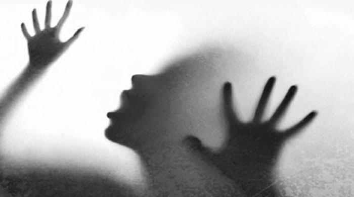 کراچی: 11 سالہ بچی سے زیادتی کرنے والا دکاندار گرفتار