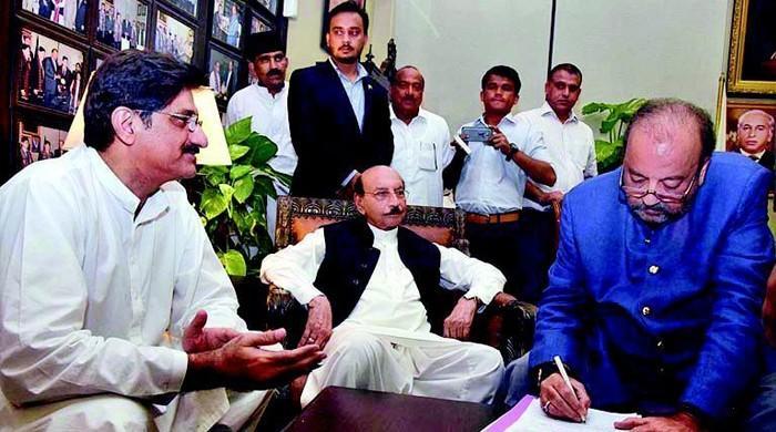پیپلز پارٹی کی سندھ  میں 10 سالہ حکومتی کارکردگی پر ایک نظر