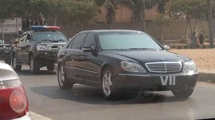 سپریم کورٹ: لگژری گاڑیوں کے استعمال کا سندھ حکومت کا نوٹیفکیشن کالعدم قرار