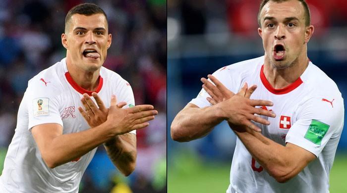 فٹبال ورلڈ کپ میں سوئس کھلاڑیوں کا جشن متنازع کیوں؟
