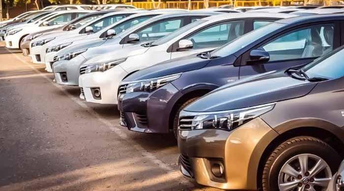 انڈس موٹرز کا گاڑیوں کی قیمت میں اضافے کا اعلان