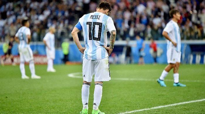 کیا دنیائے فٹبال کے بے تاج بادشاہ لائنل میسی کا سحر ٹوٹ گیا؟