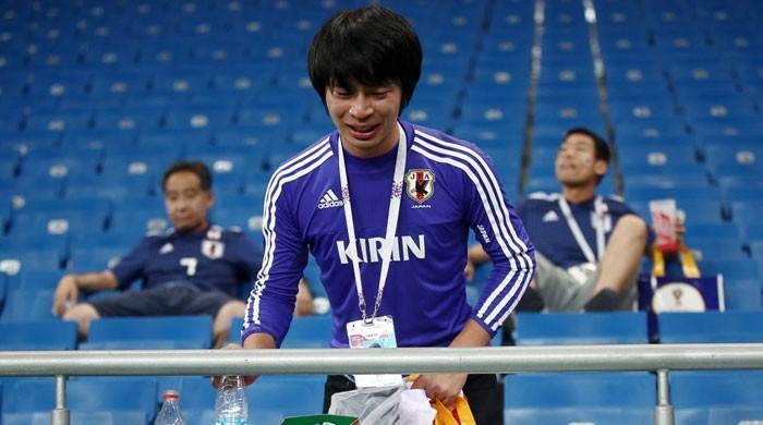فٹبال ورلڈ کپ: جاپانی ٹیم اور تماشائیوں نے صفائی کی اعلیٰ مثال قائم کردی