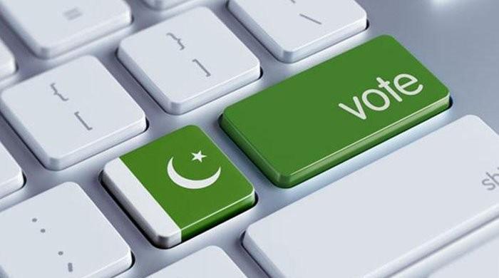 کراچی کے غم میں ہلکان ہونے والوں! وعدہ وفا اور امید صبح تو دو ۔۔۔