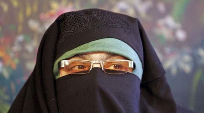 دختران ملت کی سربراہ آسیہ اندرابی 2 ساتھیوں سمیت ایک ماہ کے ریمانڈ پر جیل منتقل