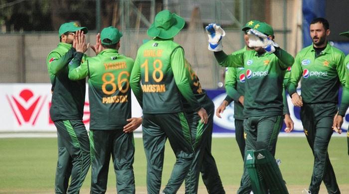 چوتھا ون ڈے: پاکستان نے زمبابوے کو 244 رنز سے شکست دیدی