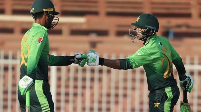 پاکستان بمقابلہ زمبابوے: فخر، امام نے کئی عالمی ریکارڈز توڑ دیے