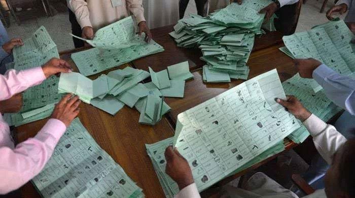 مذہب و نسل کی سیاست رد کر کے سندھ کے باسیوں نے تاریخ رقم کر دی