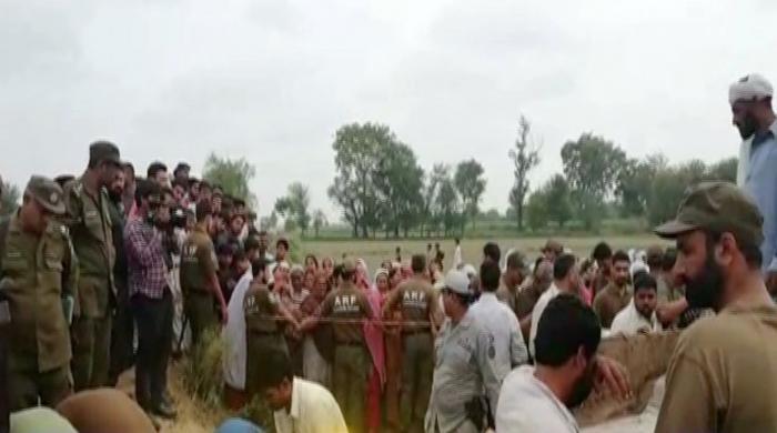 لاہور کے قریب پھلرواں میں دو گروپوں میں تصادم، ایک ہی خاندان کے 5 افراد قتل