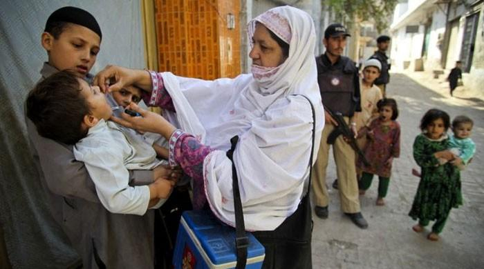 پولیو کاعالمی دن:مشکلات کےباجود بلوچستان کی خواتین ورکرز مرض کےخاتمے کیلئےپُرعزم