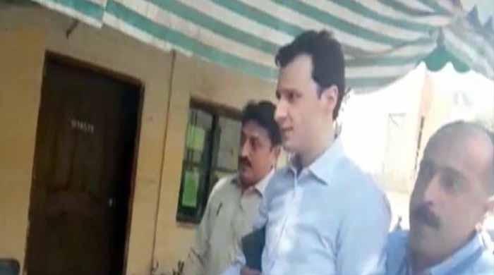منی لانڈرنگ کیس: ایف آئی اے نے انور مجید کے بیٹے نمر مجید کو رہا کردیا