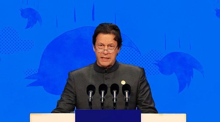 ٹوئیٹس: عمران خان کے 100 دن ان کے اپنے الفاظ میں