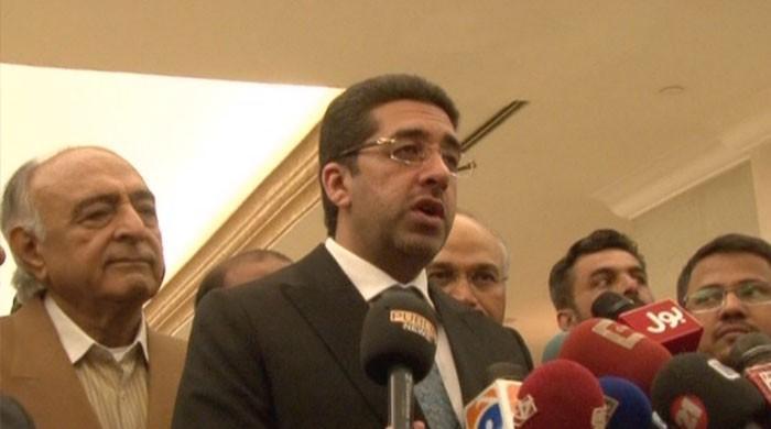انویسٹمنٹ تقریب میں غیر ملکی سرمایہ کار وزیر ماحولیات سندھ کے تماشے دیکھتے رہے