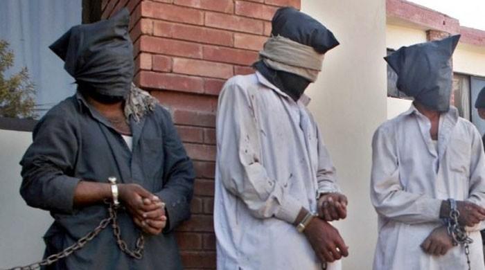 کرچی میں خواتین کو لوٹنے والا گروہ گرفتار