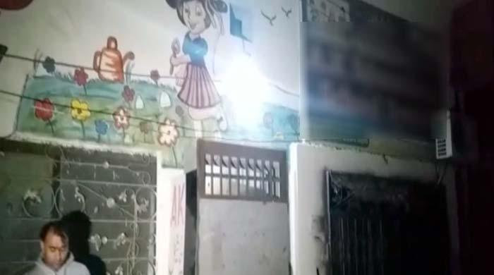فیصل آباد: نجی اسکول سے 2 نوجوانوں کی لاشیں برآمد